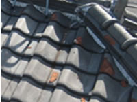 屋根の破損2