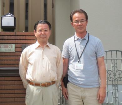 石河様と営業の松田(右)