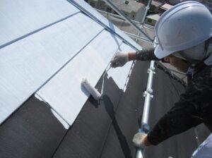 西宮市 屋根塗装・下塗り1回目